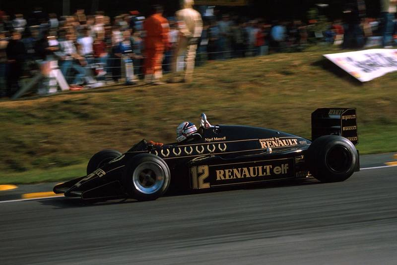 Nigel Mansell in his Lotus 94T.