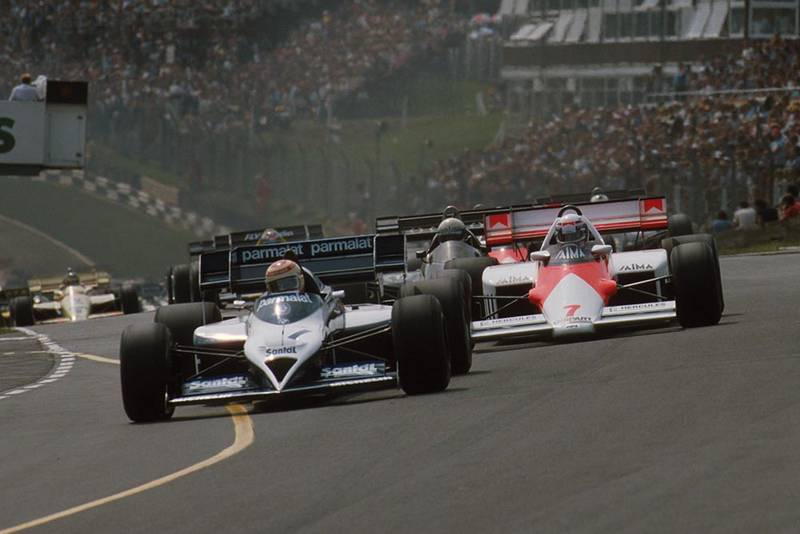Nelson Piquet, Brabham BT53, leads the start.