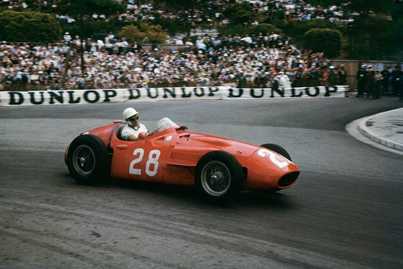 Stirling Moss (Maserati 250F), on his way to victory at the 1956 Monaco Grand Prix.