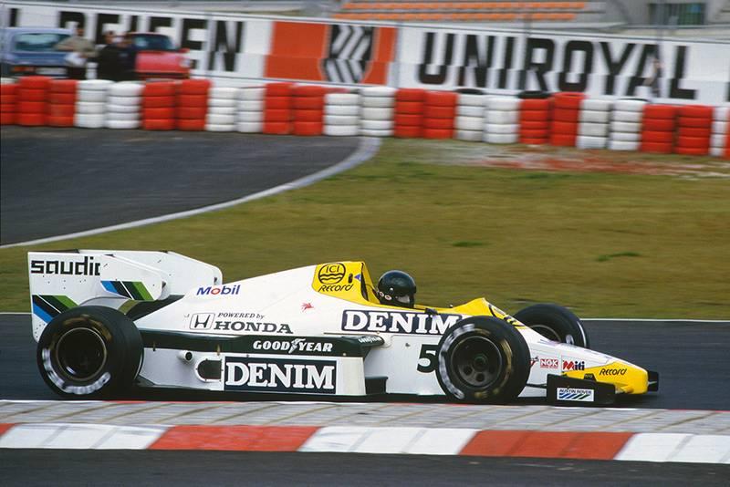 Jacques Laffite driving his Williams FW09B-Honda.