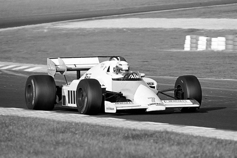 Race winner Alain Prost in his McLaren MP4/2.