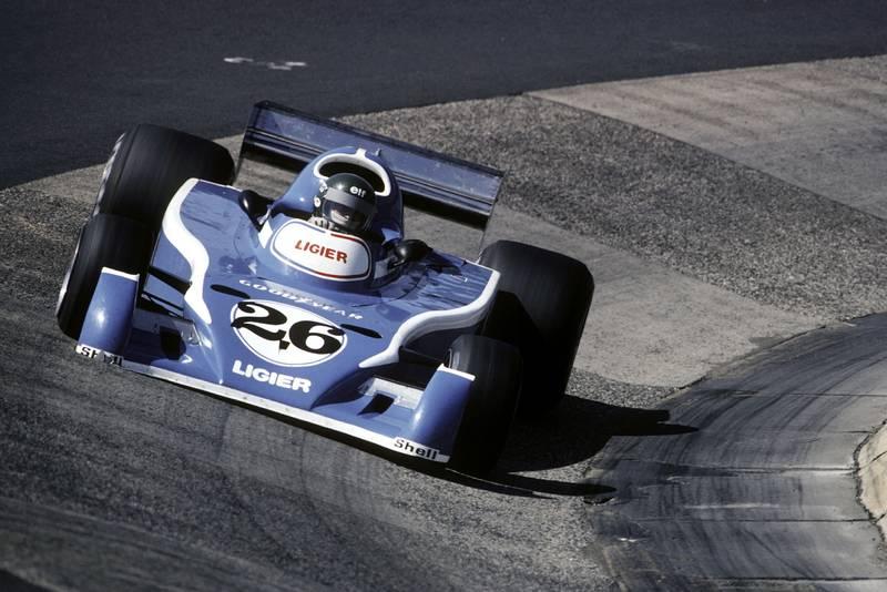Jacques Laffite (Ligier) round sthe Karussell at the 1976 German Grand Prix, Nürburgring.