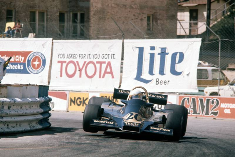 Jody Scheckter (Wolf) at the 1977 United States Grand Prix, Long Beach.