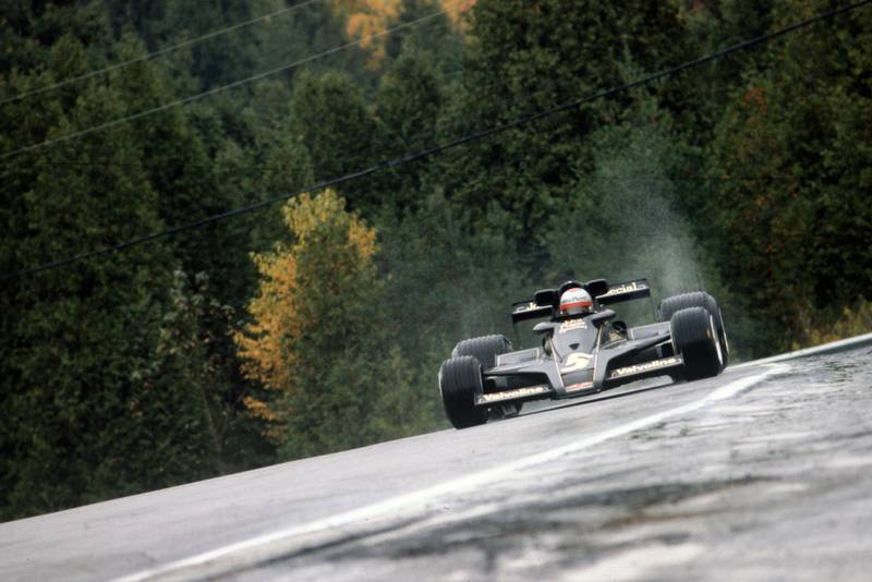 Mario Andretti (Lotus) at the 1977 Canadian Grand Prix, Mosport Park.