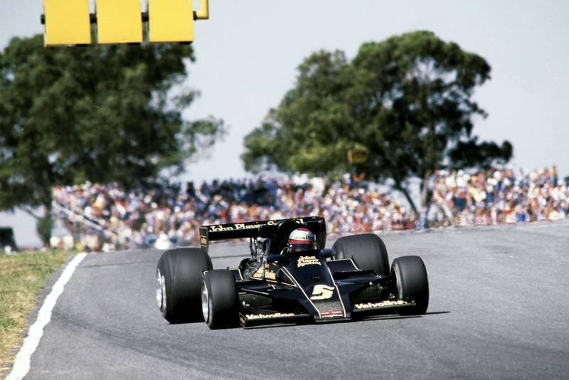 Mario Andretti (Lotus) at the 1978 Argentine Grand Prix, Buenos Aires.