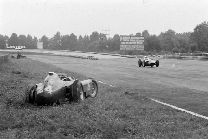 Castellotti-car-1956-Italian-GP.jpg