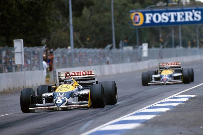 Nelson Piquet leads Williams team mate Nigel Mansell.