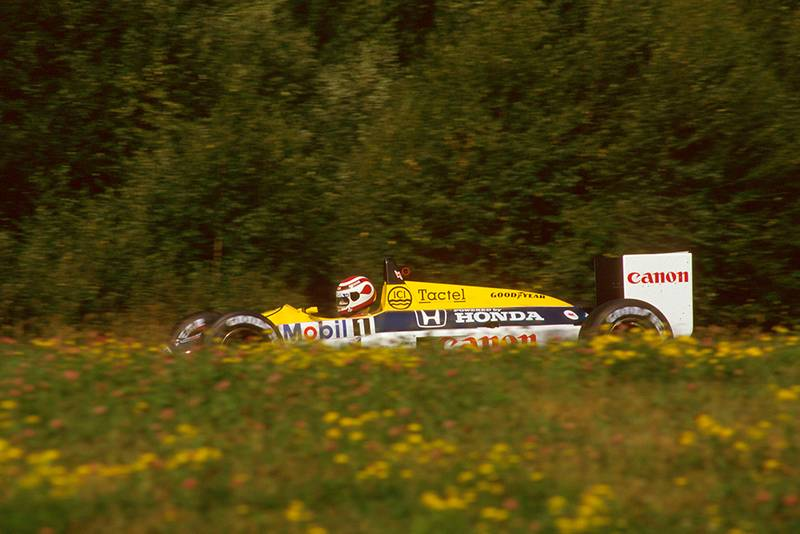 Nelson Piquet in his Williams FW11B Honda.