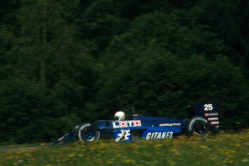 Rene Arnoux drives his Ligier JS29C.