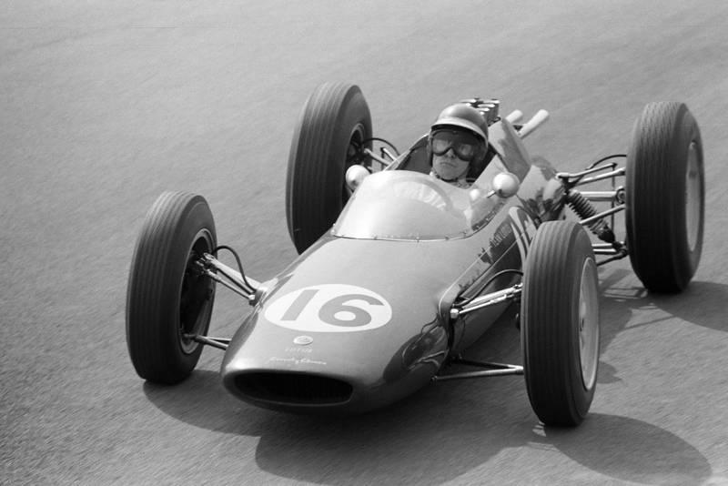 Jim Clark took his debut win in the Lotus 25