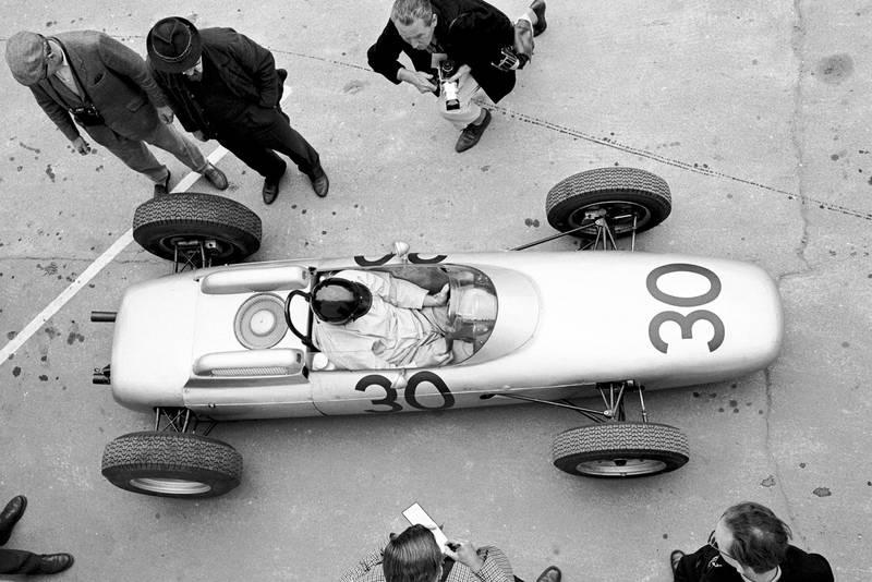 Gurney's Porsche in the pits