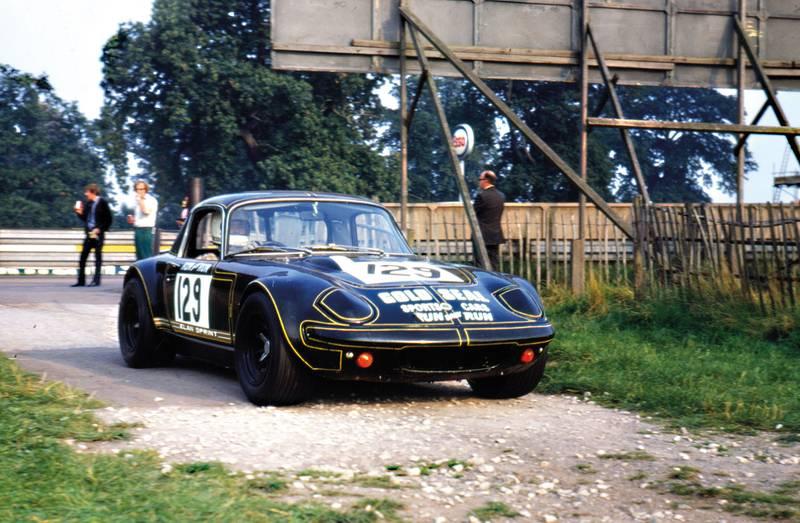 1971AlanCoxSTP-Modsports—Oulton-Park-18-Sept-1971