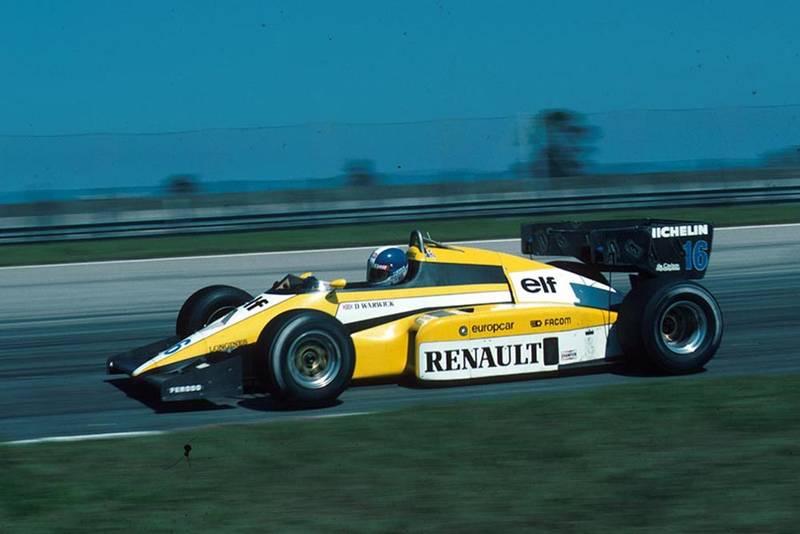 Derek Warwick driving a Renault RE50.