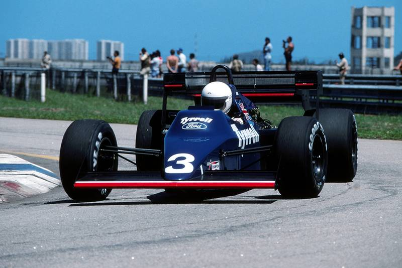 Martin Brundle in his Tyrrell 012.