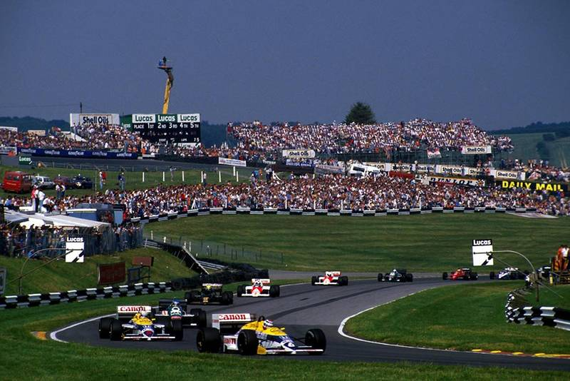 Nelson Piquet leads Nigel Mansell.