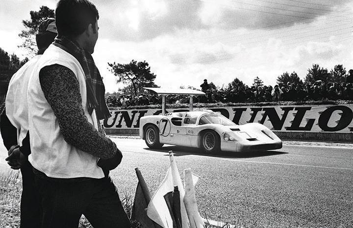 Great racing cars: Chaparral 2F and 2H