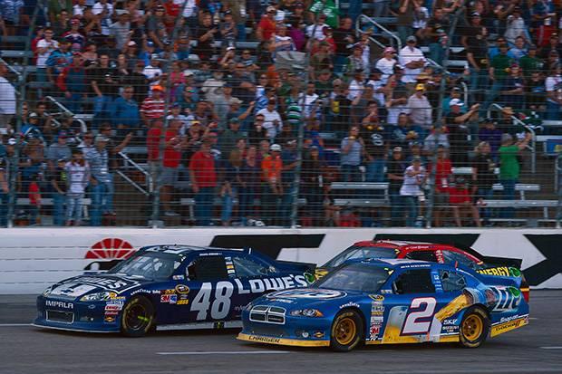 NASCAR: Johnson vs Keselowski
