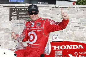 Scott Dixon wins at Milwaukee