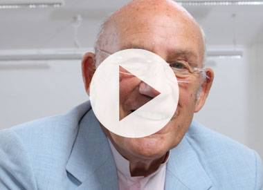 Video podcast – Stirling Moss at the Motor Sport office