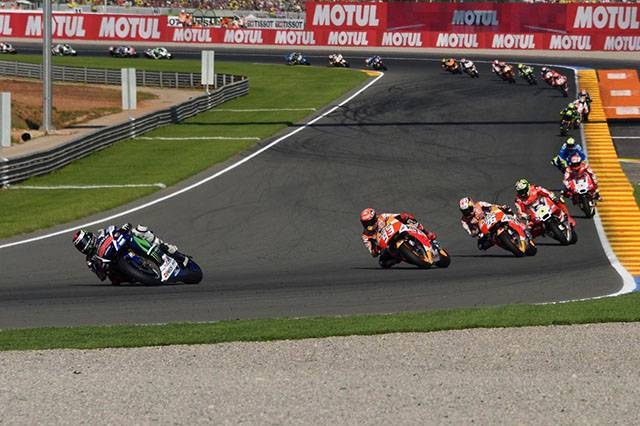 What really happened in MotoGP's 2015 finale