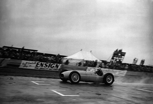 Roebuck's legends: BRM V16