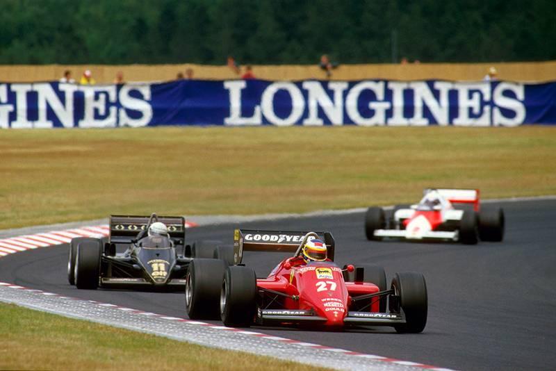 Michele Alboreto (Ferrari 156/85) leads Elio de Angelis (Lotus 97T Renault) and Alain Prost (McLaren MP4/2B TAG Porsche).