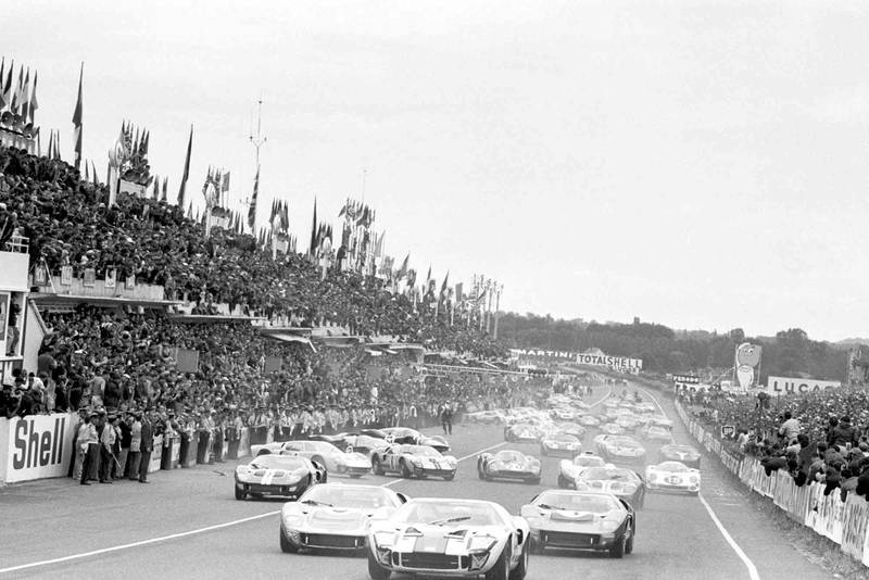 Cars pull away at the start of 1966 Le Mans