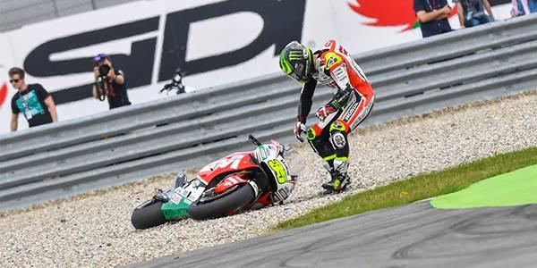 One MotoGP season – more than a thousand crashes