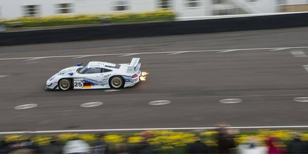 Driving a 911 GT1