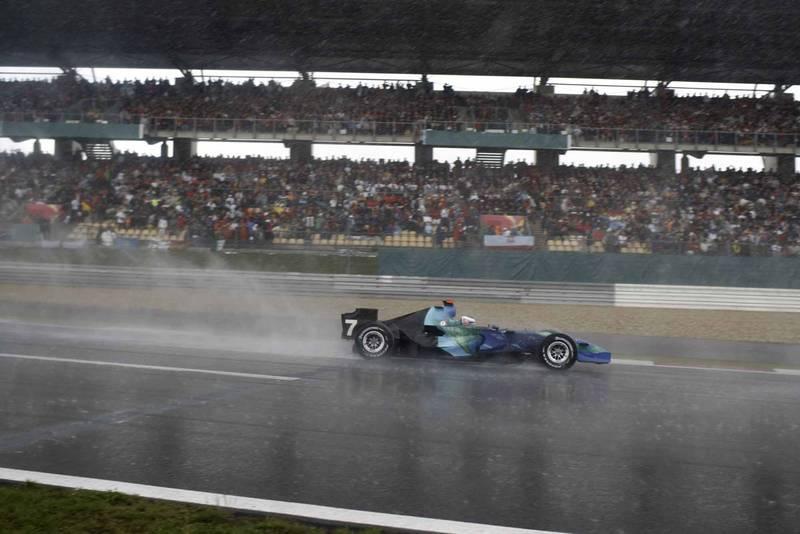 Jenson Button slides off the track in his Honda 2007 European Grand Prix Nurburgring