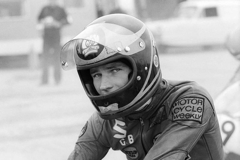Barry Sheene (GBR) Suzuki, prepares to start Silverstone, England, Summer 1973.