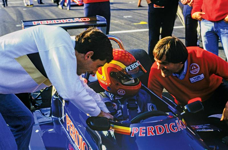 DB_29-F3-Gugelmin-1985-Senna-and-DB-leaning-in