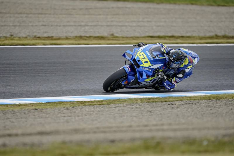 Suzuki test rider Sylvain Guintoli during practice in Motegi
