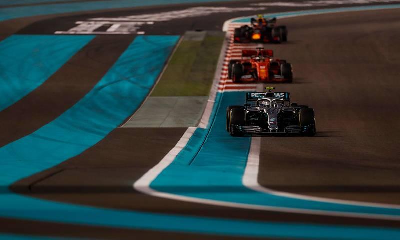 Valtteri Bottas ahead of Sebastian Vettel and Alexander Albon