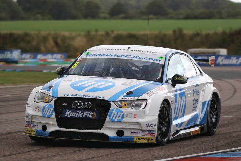 Mark Blundell racing at Thruxton in 2019 BTCC