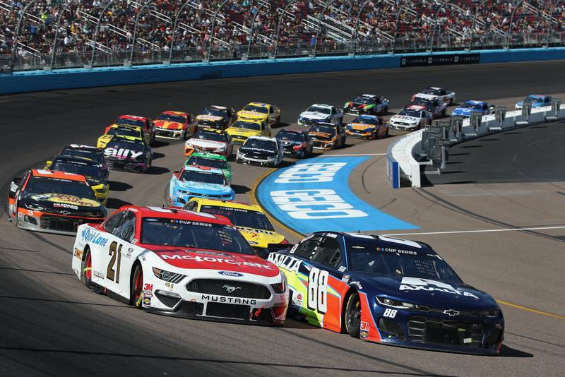 NASCAR Cup Series drivers to enter iRacing esports series