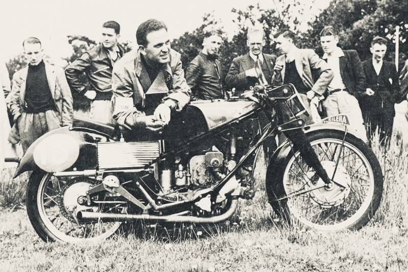 Dorino Sefarini with a Gilera four