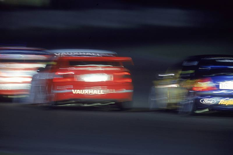 BTCC night race at Silverstone in 2000
