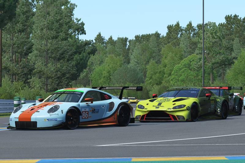 PorscheAM