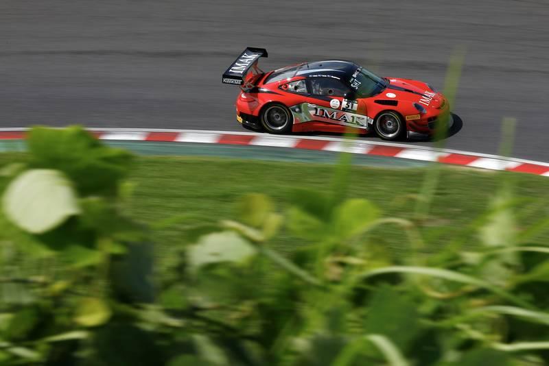 Porsche 997 GT3 racing