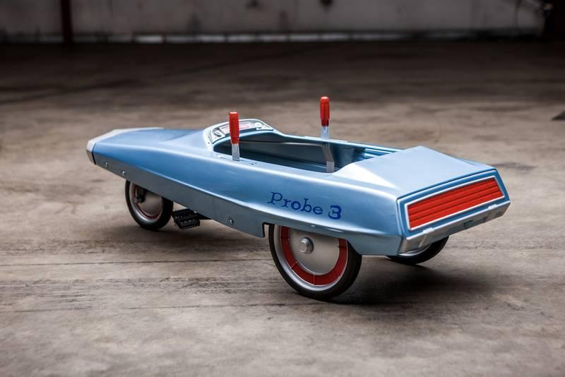 Probe 3 pedal car