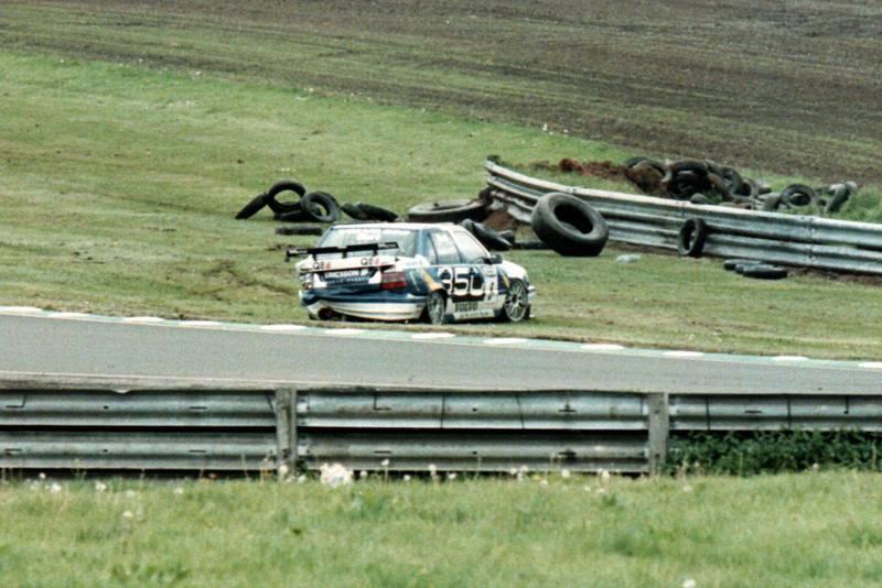 Kelvin Burt BTCC crash