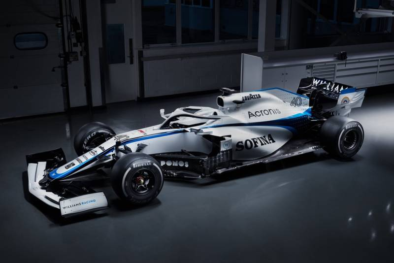Williams unveils altered livery after ROKiT departure