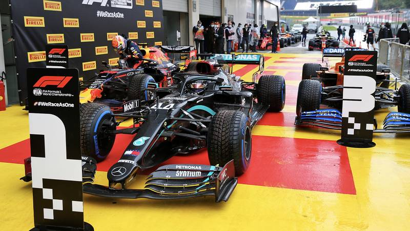 2020 Styrian Grand Prix qualifying: Hamilton leaves the rest in a cloud of spray