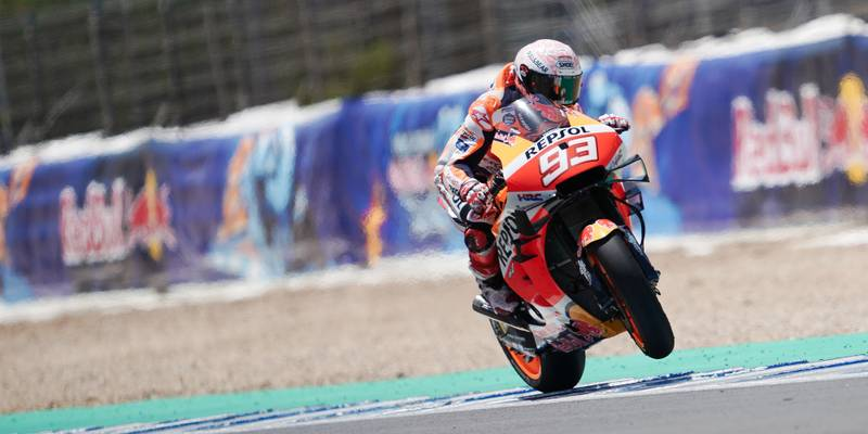 Marc Marquez lifts his front wheel during the 2020 MotoGP Spanish Grand Prix