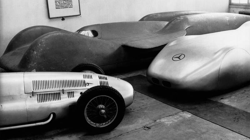 Mercedes T 80 land speed record car with a streamlined Mercedes W125 and a 1.5 litre Formula 1 car