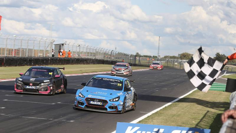Hyundai crosses the finish line during the opening 2020 BTCC races at Donington Park