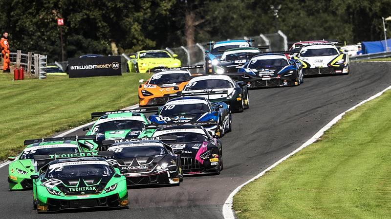 Race 2 British GT start at Oulton Park
