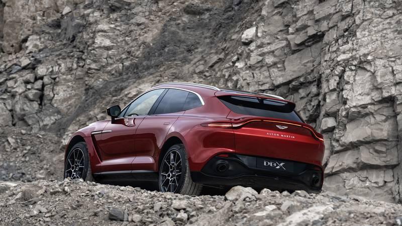 2020 Aston Martin DBX off road
