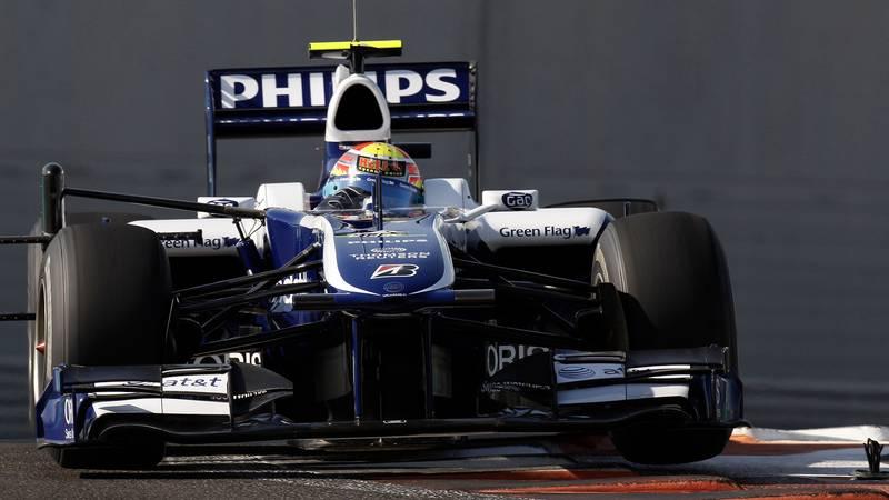 Pastor Maldonado in a Williams during the 2010 Abu Dhabi rookie test